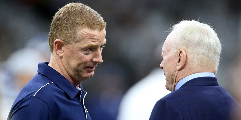 Jerry Jones, coach Jason Garrett