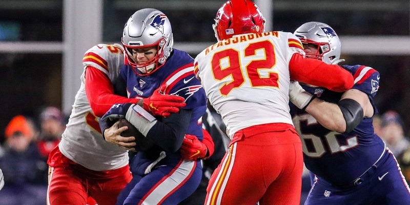 Kansas City Chiefs sacking Tom Brady