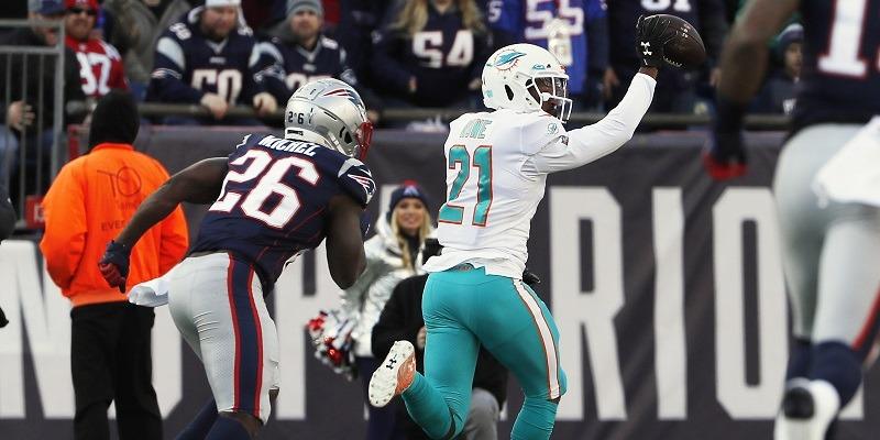 Eric Rowe, Dolphins vs. Patriots