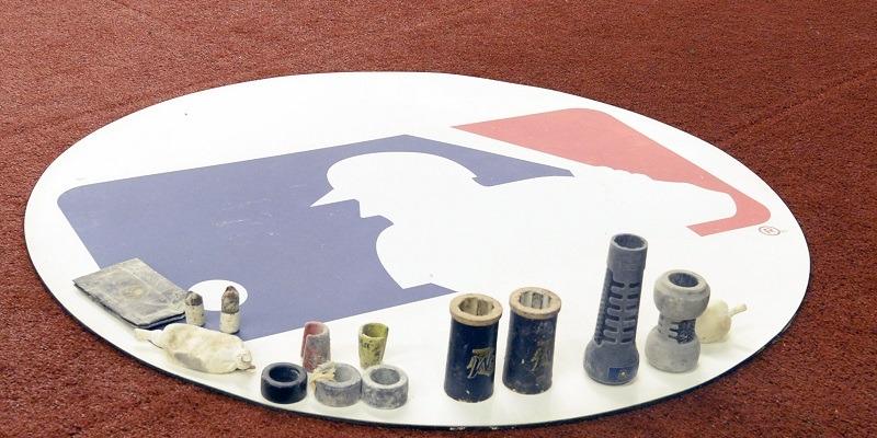 MLB, Logo