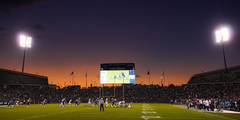 Connecticut Huskies, Stadium