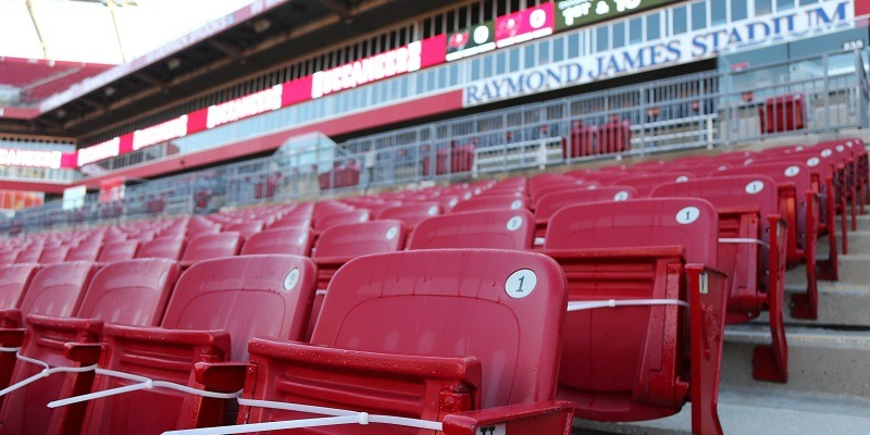 Raymond James Stadium, seats, empty