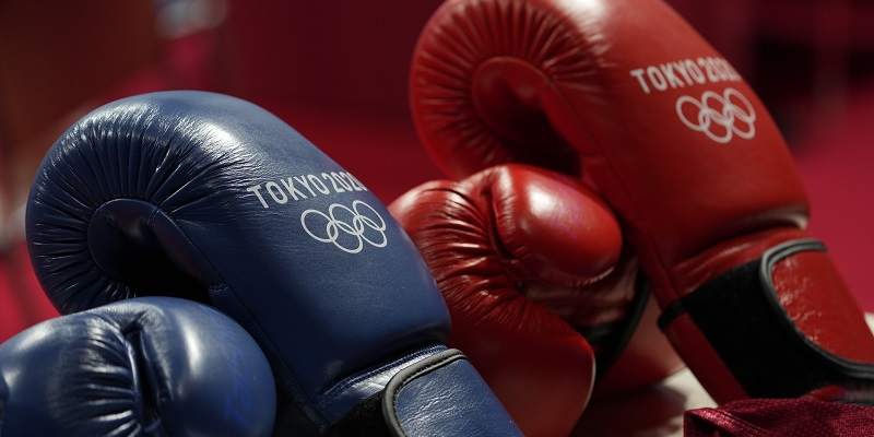 Olympic rings, boxing gloves